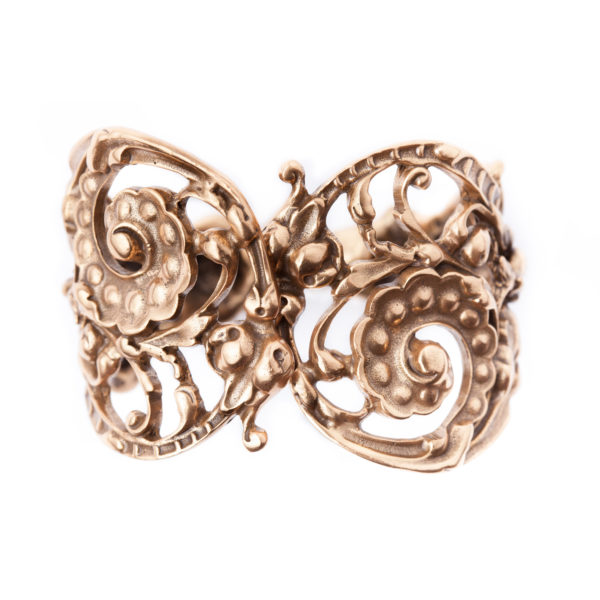 Scroll bracelet Oscar de la Renta