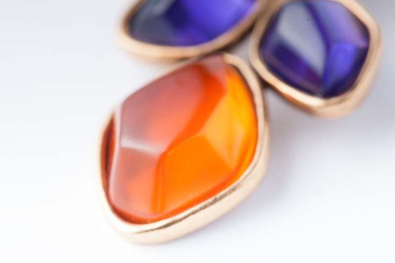 Gold earrings Oscar de la Renta