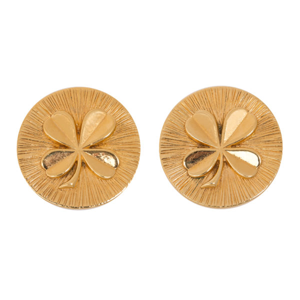 Round gold clover earrings