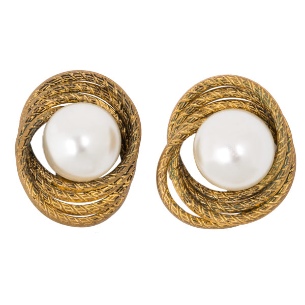 Vintage pearl gold basket earrings