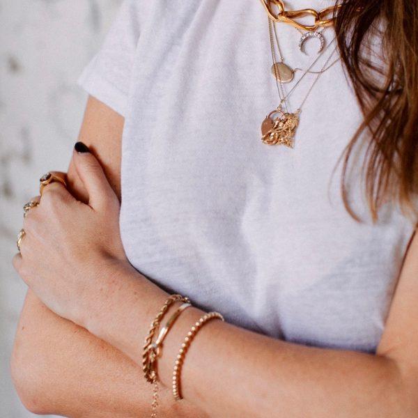Allison wearing jewellery ©Sandra Semberg