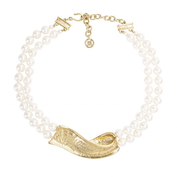 Vintage gold ribbon pearl necklace