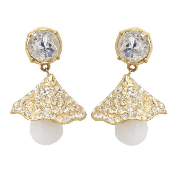 Vintage gold flower dangle earrings