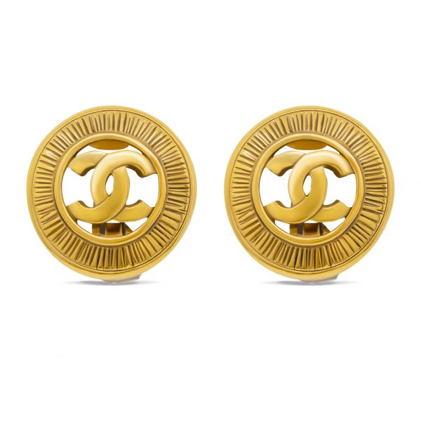 Vintage CC cut out round earrings