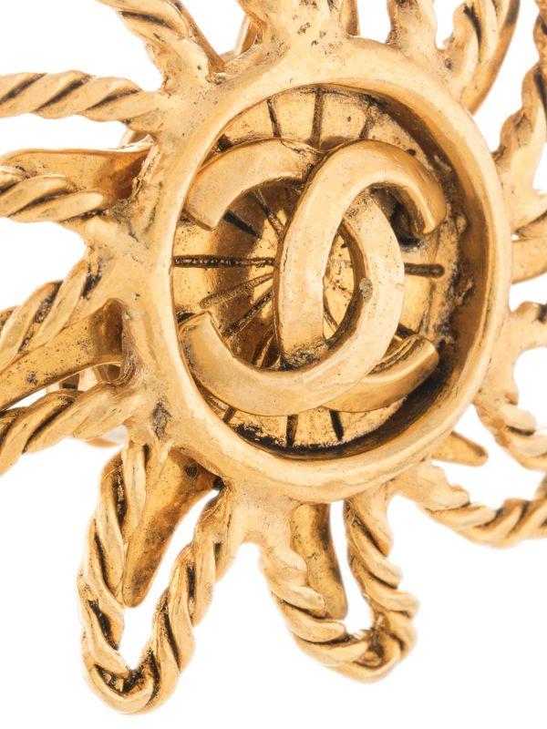 4element - Chanel - Vintage sun motif earrings