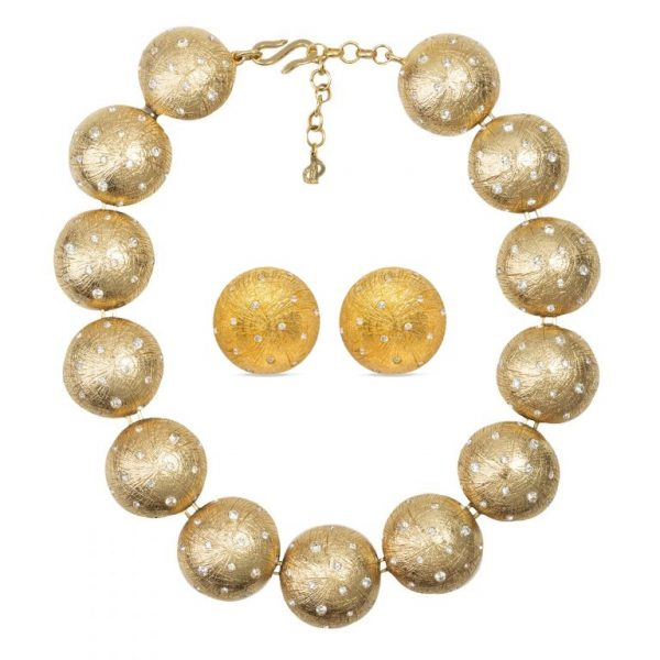 Vintage gold spheres set