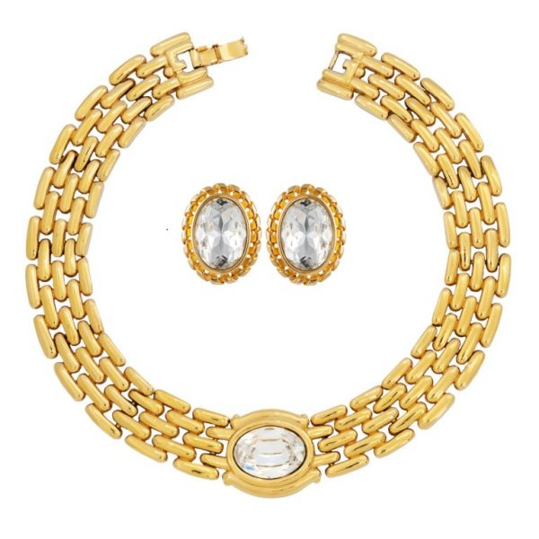 Vintage oval crystal stone gold set