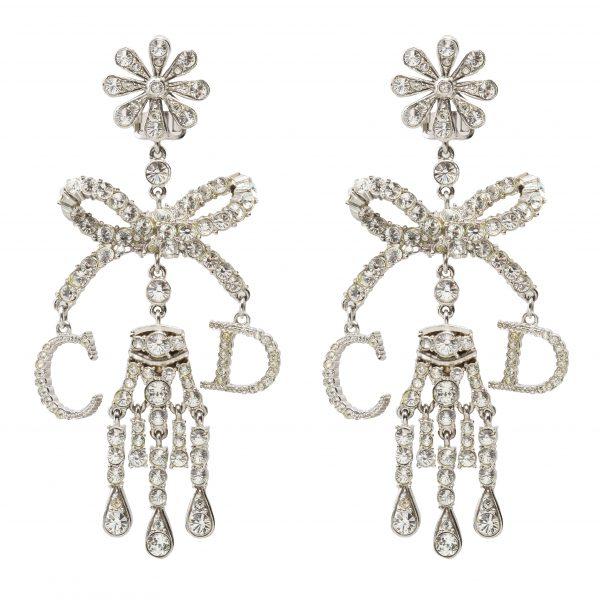 Vintage dramatic jewelled chandelier earrings