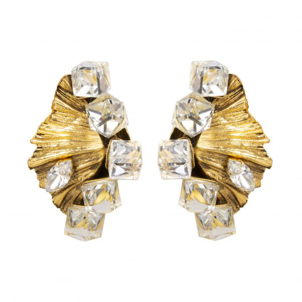 Vintage shell earrings with cube crystals