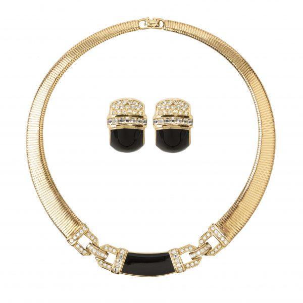 Vintage black enamel chain linked set